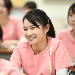 名古屋市歯科医師会附属歯科衛生士専門学校|聞く