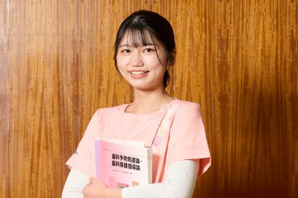 名古屋市歯科医師会附属歯科衛生士専門学校|生徒の声